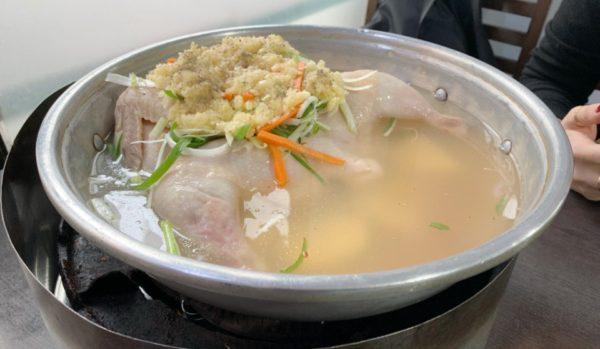 美味しすぎて、タッカンマリは毎回ここで食べたいと思った!: ソンガネタッカンマリ 손가네닭한마리