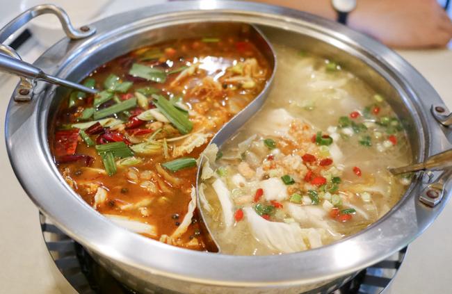 台湾食い倒れ旅 : 美味しすぎて浮気できない火鍋 蜀辣 川菜烤魚麻辣鍋